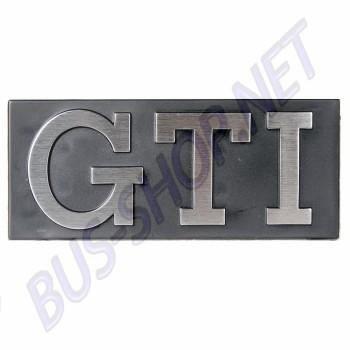 Sigle GTI sur calandre pour Golf 1 171853679 171 853 679 VW  | dream-machine.fr